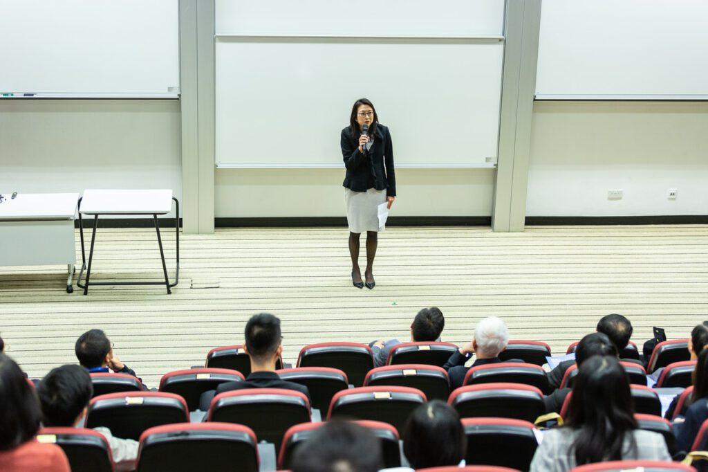 kritisch denken hoorcollege